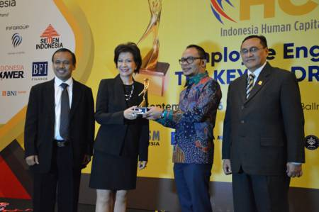 Ciputra Raih Lifetime Achievement on Human Capital dalam Ajang IHCS 2016